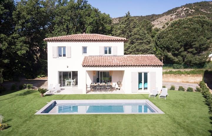New villa St Tropez gulf, 10 (12)p., swimming-pool