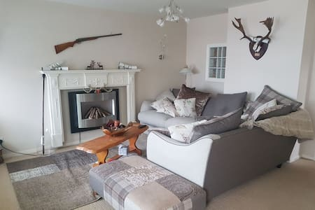 Redhead Lodge: self catering house by the sea