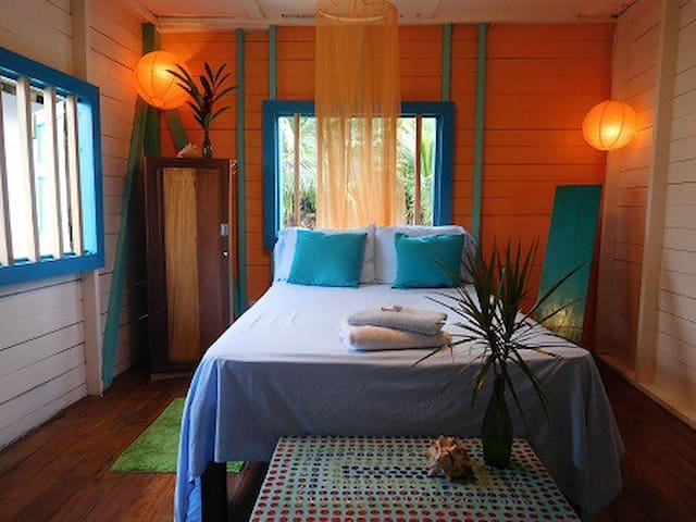 Kali's Casa over the Sea double room #3 - Bocas del Toro Province - House