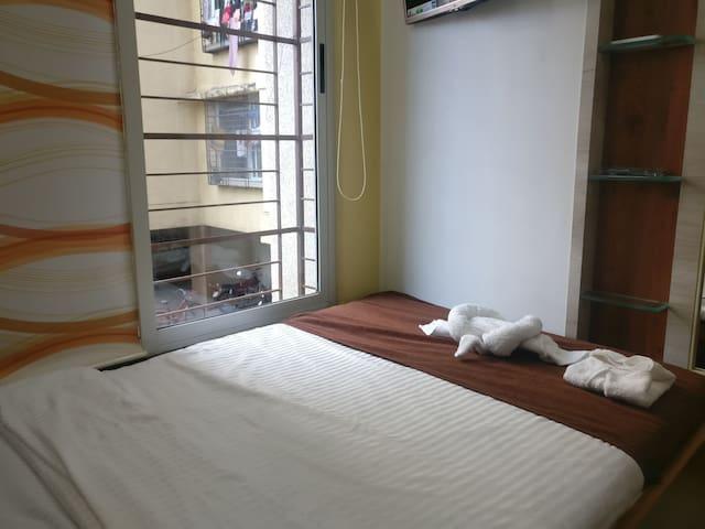 Pvt room-Non attached bathroom-TCS & Viviana,Thane