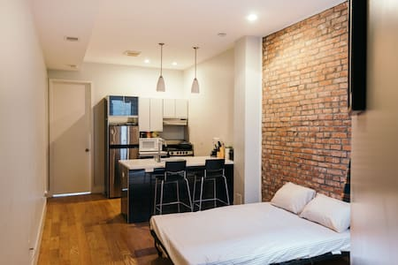 Comfortable Bed in bedstuy brooklyn - Brooklyn - Wohnung