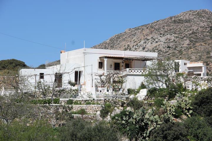 La Villa di Zazopetra - Menetes - Villa