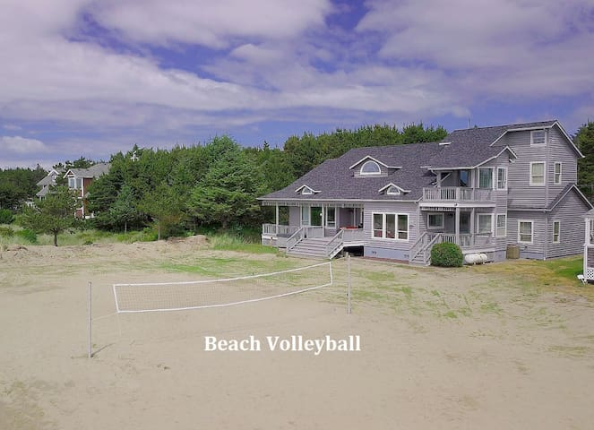 Spectacular OCEANFRONT Home_3rd Nt FREE_Hot Tub_Volleyball Court+Game Rm