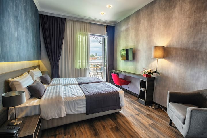 Hotel Kope Palace