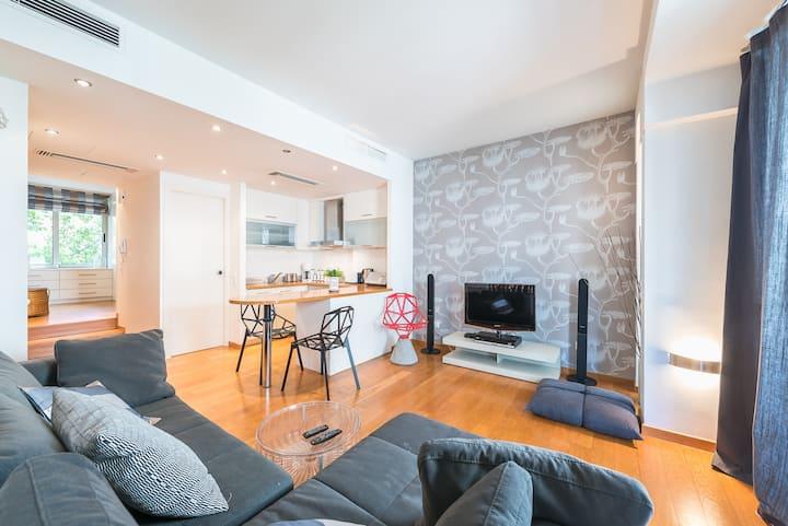 Adelos design apartment in Kolonaki Athens