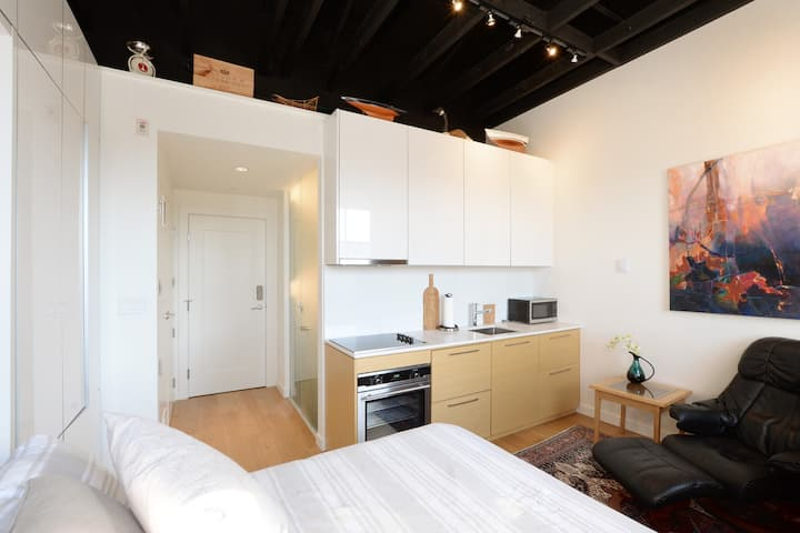 ⎈ Gorgeous Studio in the HEART of the Harbour! ⎈