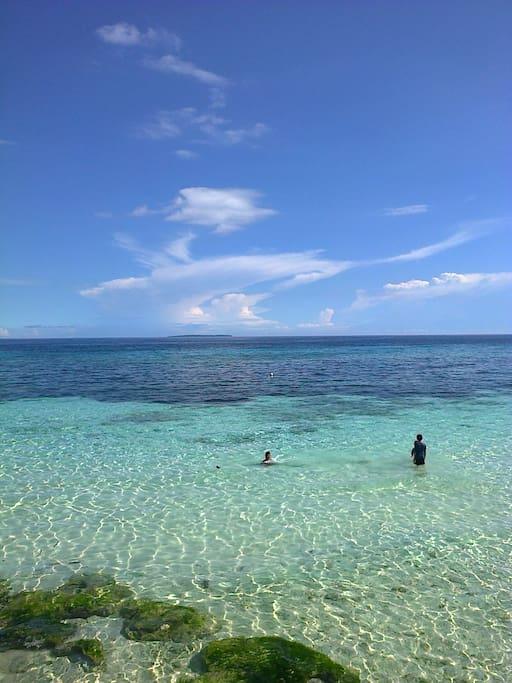 Semi-primate beach
