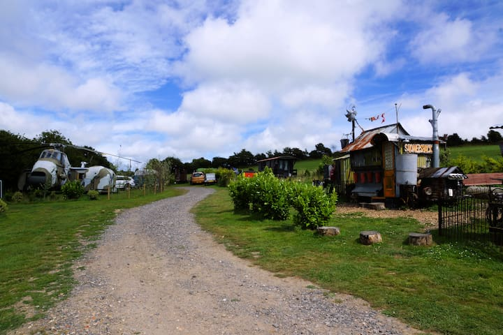 Windmill Campersite - Small Quirky, Glamping site