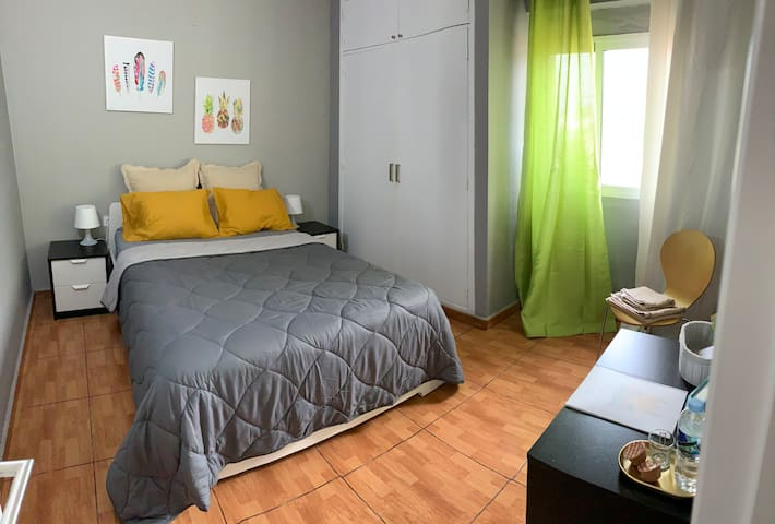 """Old town center double room"" perfect to visitcity"