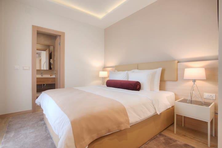 Double/Twin Room-french balcony, Villa Gracia 4*