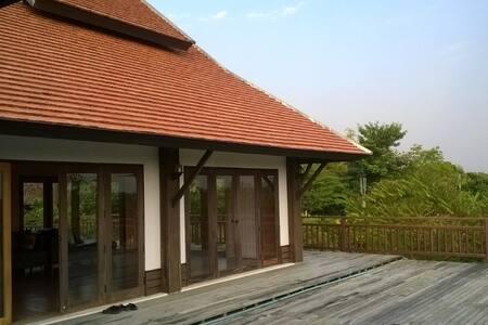 บ้านป่าลาน - Tambon Thung Tom