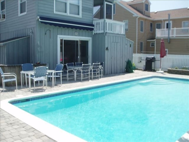 Large Family Gatherings-7brs, 3 Bas, 2 Kitchens, - Stone Harbor - Dom