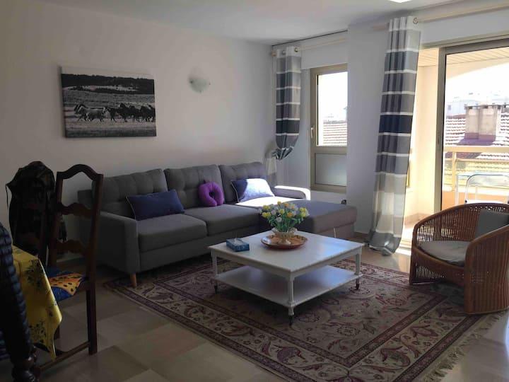 Rental: A 64sqm apartement in Juan Les Pins