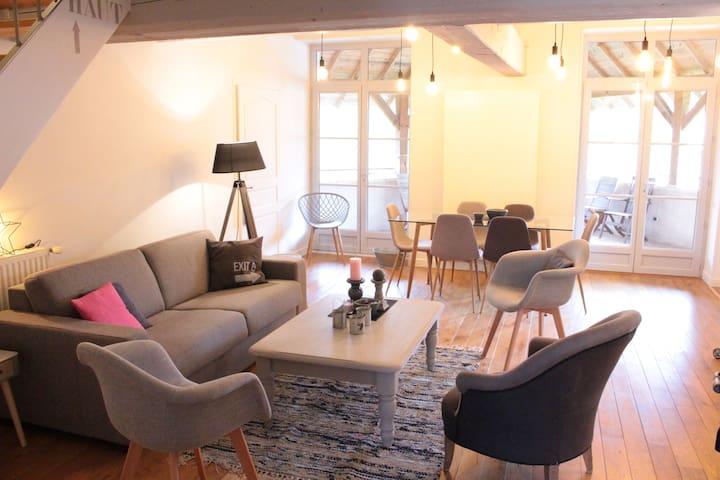 Bel appartement dans anciennes écuries