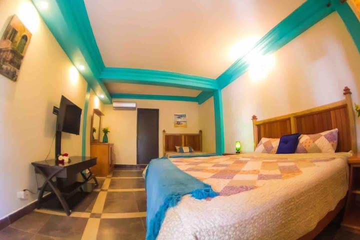 Mirador Lodge 2