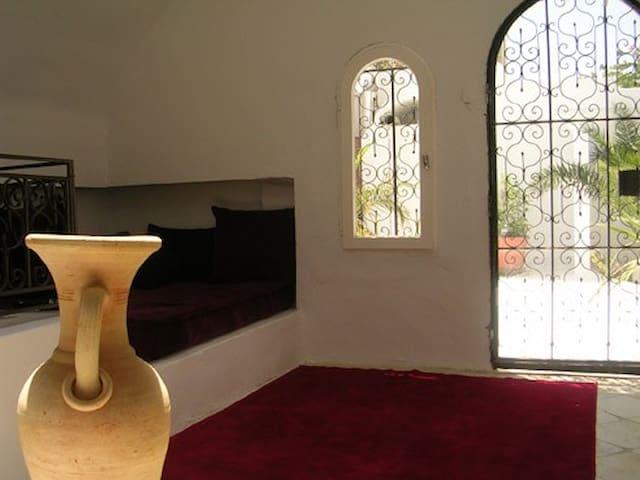 Riad Dar Ismaïl à 300m de la plage d'Hammamet Nord - Hammamet - Villa
