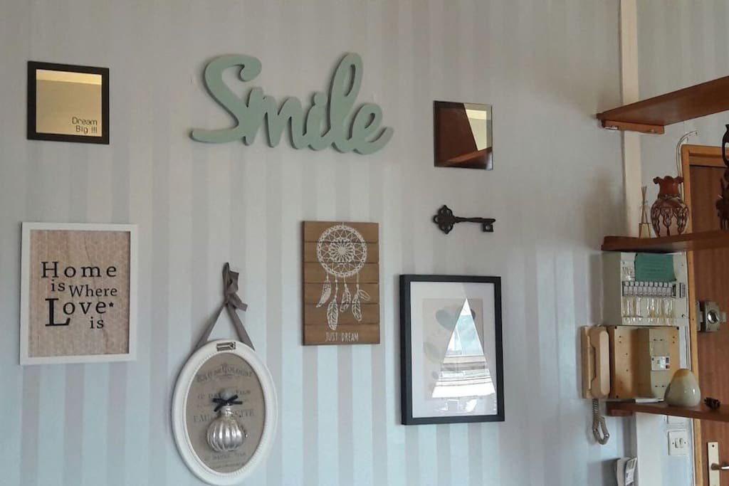 Funny decoration to make you smile and feel like home!