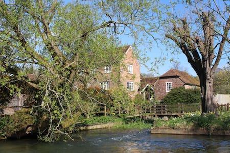 Mini break at The Mill at Droxford - Droxford - 独立屋