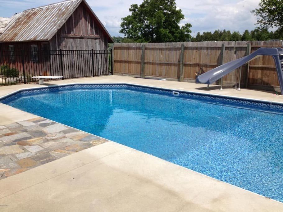Ludington Twin Maple Retreat Entire Home W Pool Houses For Rent In Ludington Michigan