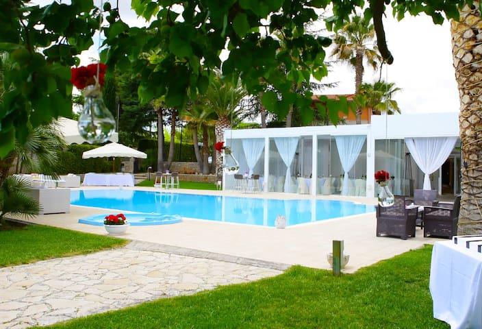 Villa Adriana - Eventi e B&B