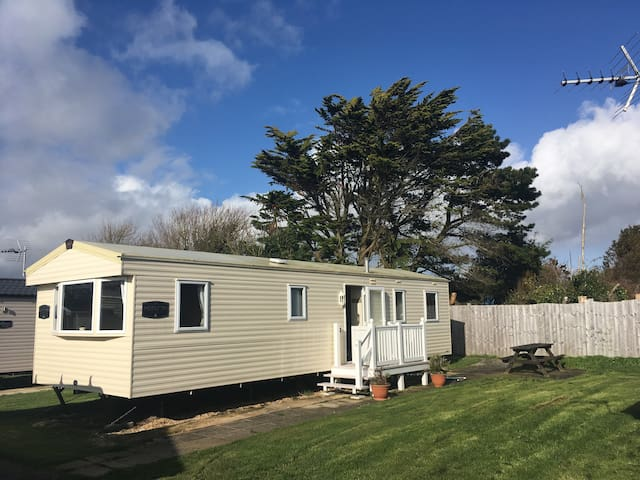 'Chesil Holiday Chalet'  8-berth on secluded plot