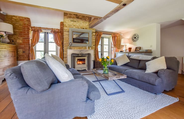 The Quail House, Nr. Soho Farmhouse, Cotswolds
