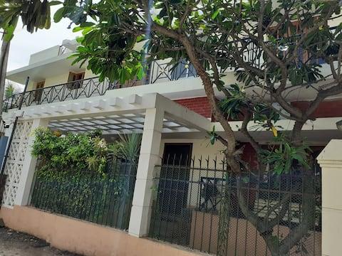 Private Room 2 near Airport (Pallavaram)