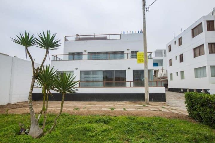 La Isla - Casa en Primera Fila en Punta Hermosa