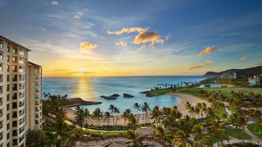 1 Week in Hawaii for Thanksgiving week in 2019.