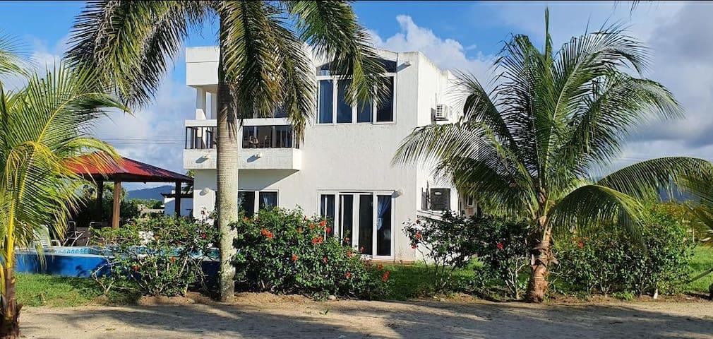 Casa MariAna Full Playa, Piscina y Hogar