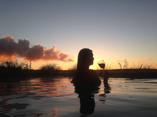 Tongariro Springs Petite Suite: