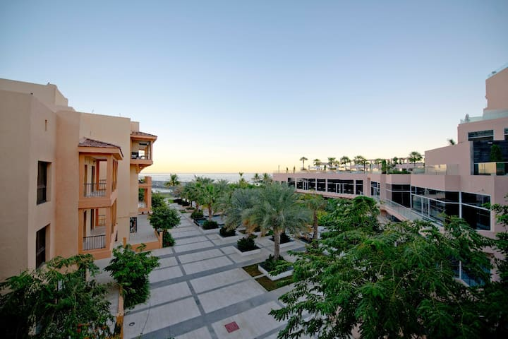 Luxurious Villa in Mina Al Fajer Resort, Dibba FUJ