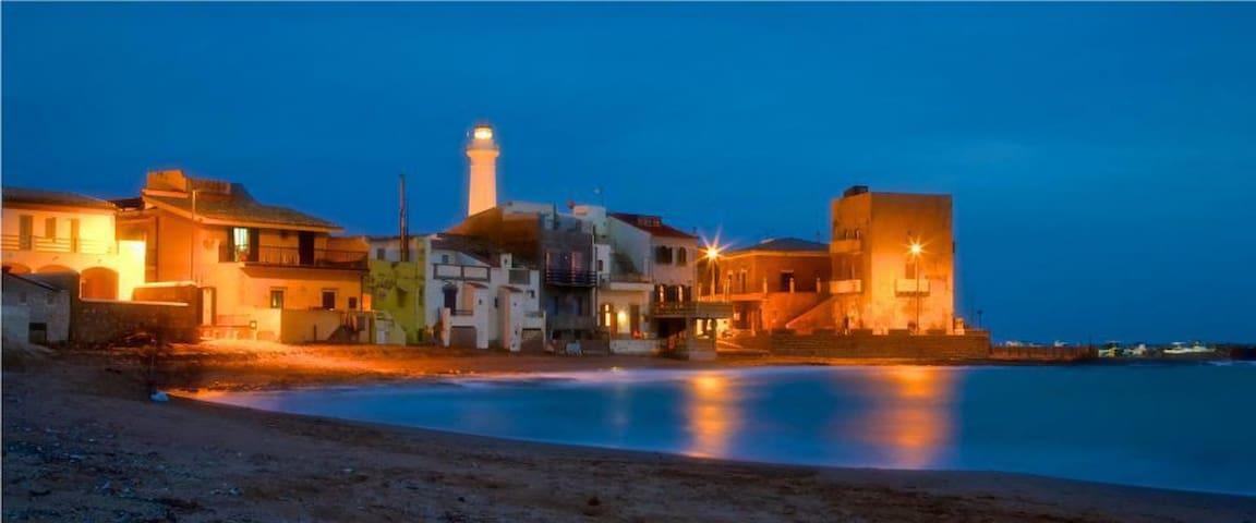 Casa Vacanze Nicole ampia terrazza a 20 m dal mare