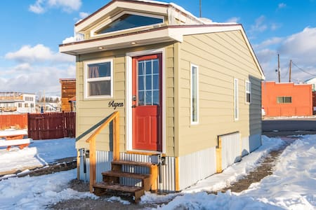 Tiny House Aspen in downtown Leadville- Free WiFi