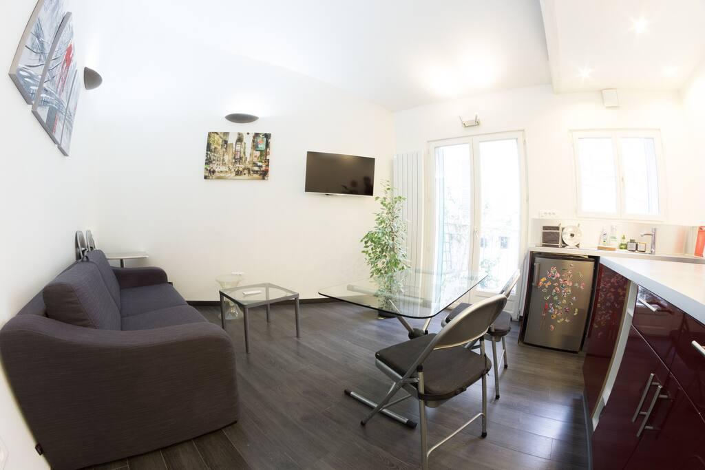 Heart of paris gare montparnasse apartments for rent in paris le de fra - Airbnb paris montparnasse ...