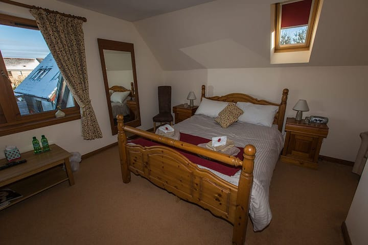 Double ensuite room in Bed & Breakfast