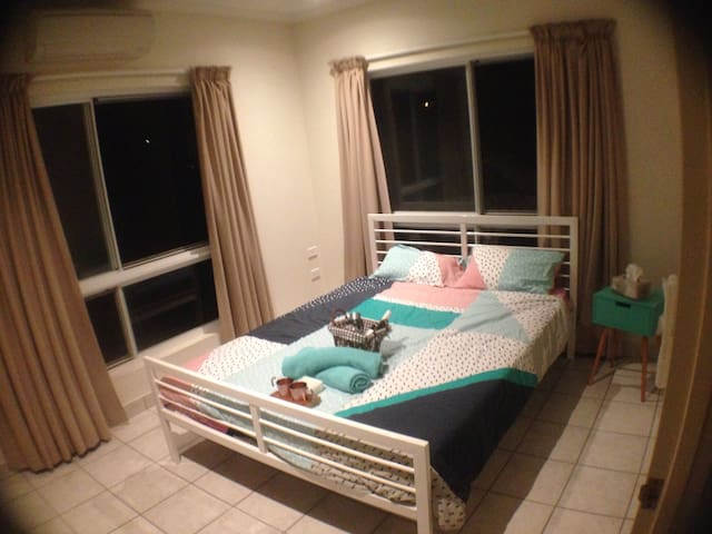 Cosy Room in Palmerston - Palmerston City - Flat
