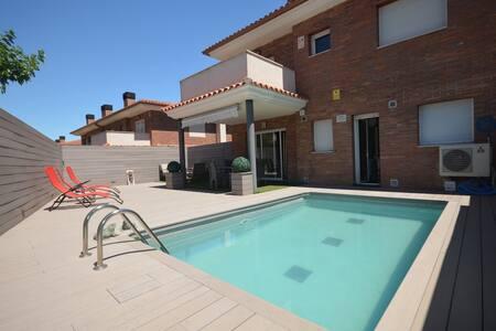 Villa con piscina en Salou - Salou
