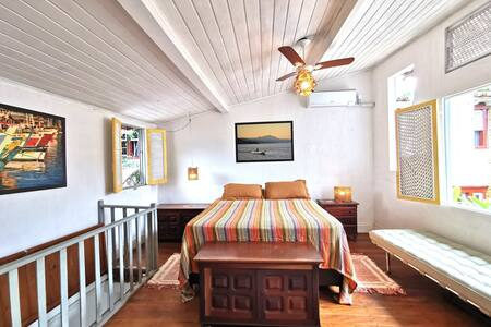 House at historic center of Paraty to 4adt + 1 chd