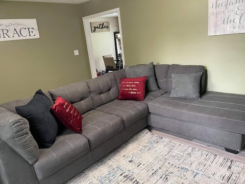 Entire 3bed/2bath home! Cozy & comfortable! House of peace & relaxation