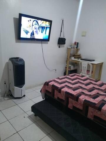 Aluguel de quarto/suíte em apartamento na Jóquei