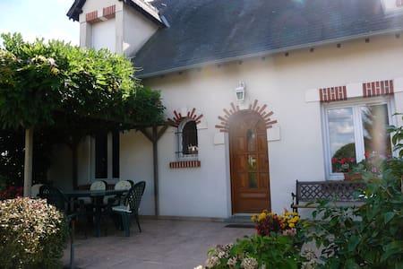 Chambre au coeur des chateaux de la Loire - Candé-sur-Beuvron - Gästehaus