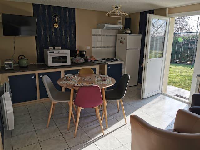 Appartement indépendant dans maison à la campagne
