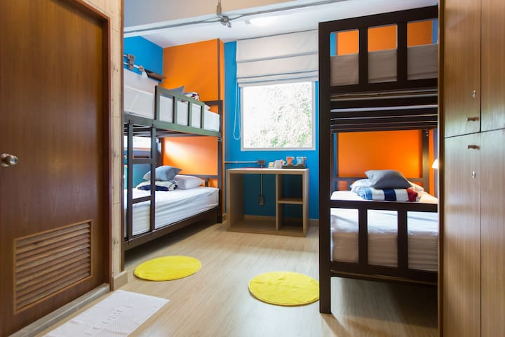 A2 - Bunk Beds for Group Travelers in Chiang Mai - Phra Sing - Casa de huéspedes