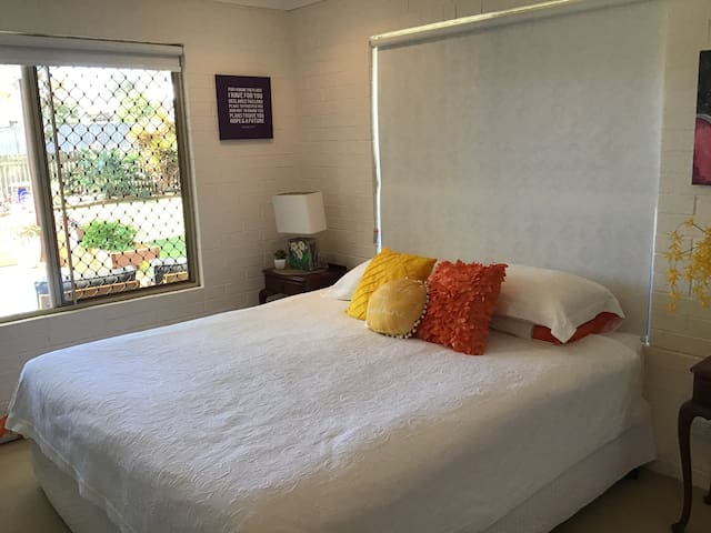 Large Private airy and air conditioned room