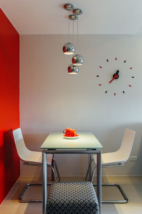 Contemporary 1br condo condominiums for rent in quezon for Cocktail tables for rent quezon city