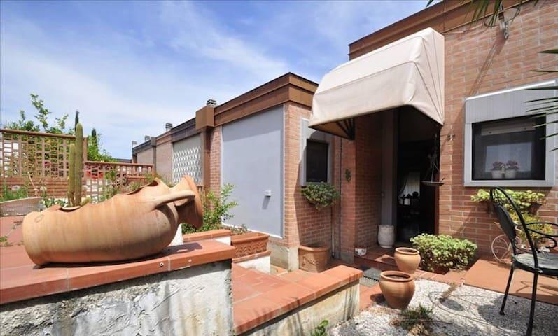 Villetta indipendente - Piombino - House
