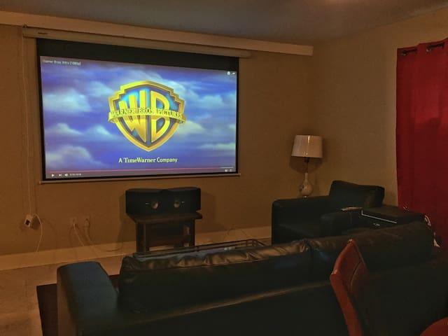 Hotel Cinema on Bardstown Road (k) - Louisville