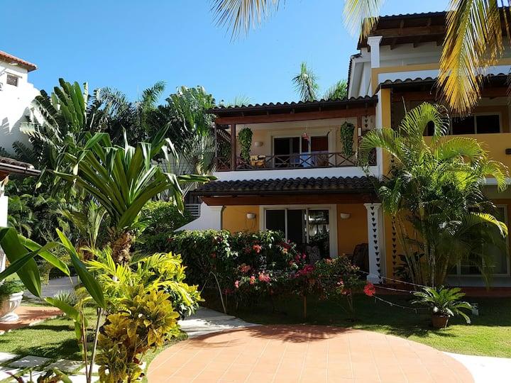 Luxury Villa 3 pools tropicalgarden