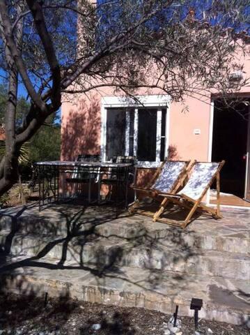 Μονοκατοικία-Studio Δροσιά Χαλκιδας-Παραλία Αλυκές - Drosia
